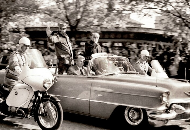 Кастро в София